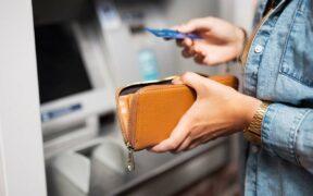 Debitkarte Geld abheben